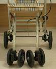 歩行器ダブル車輪